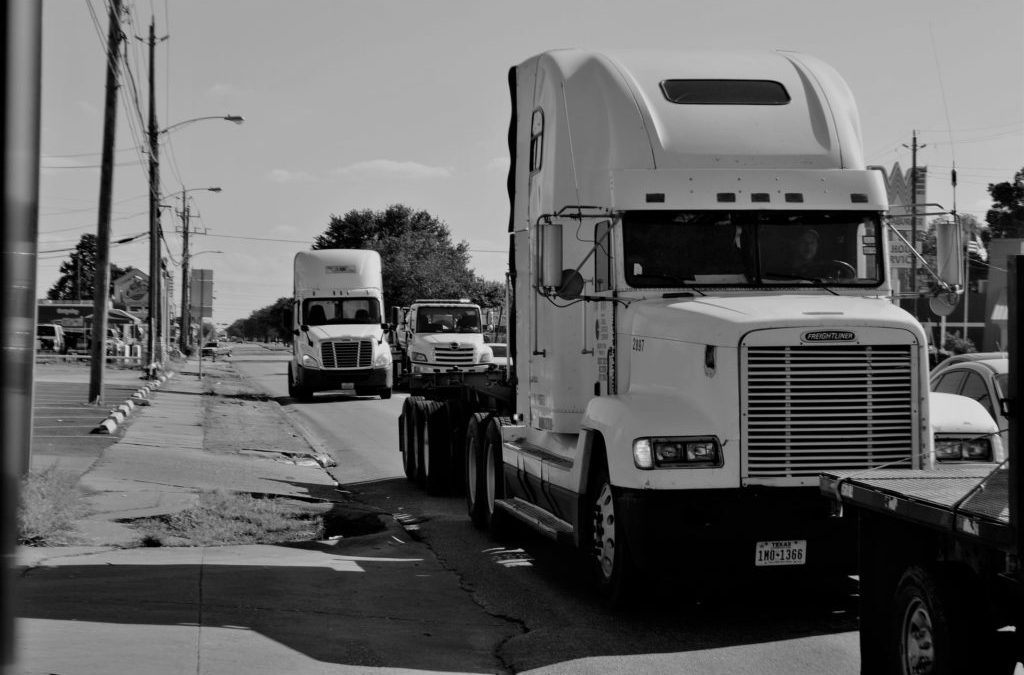 6 Ways to Decrease Aero Drag and Improve Truck Fuel Efficiency
