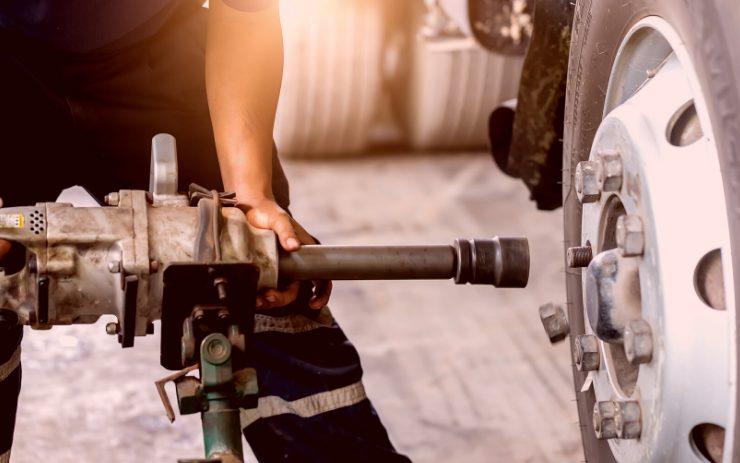 Helpful Tips for Proper Wheel Installation & Inspection